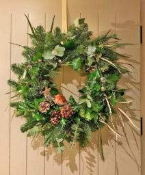 wreath making with Susie Hart at Swinton Estate